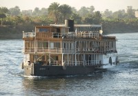 Nile_ship_Peter_Rowley