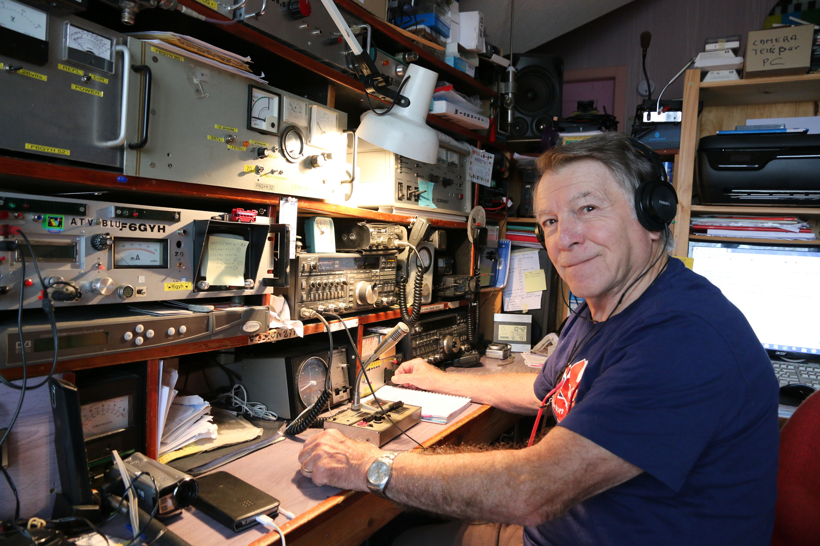 F6GYH at his station - 2019